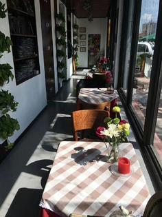 超低房租精装修店铺转让现经营烘焙咖啡简餐等